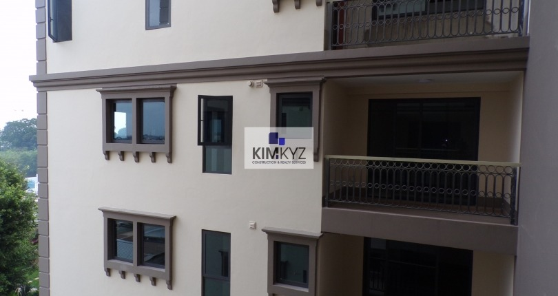 3 bedroom unfurnished apartment for rent In Airport
