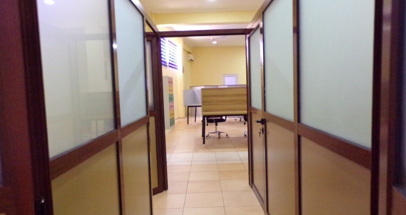 Serviced Dedicated Office Space for Rent in Adjiringanor