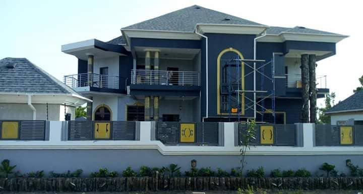 6 bedroom House for Sale in West Legon