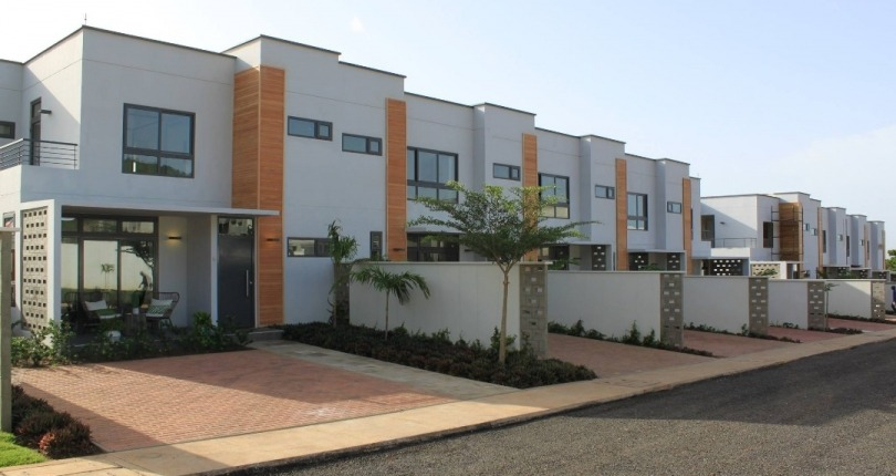 3 bedroom Townhouse for Sale in Ayi Mensah